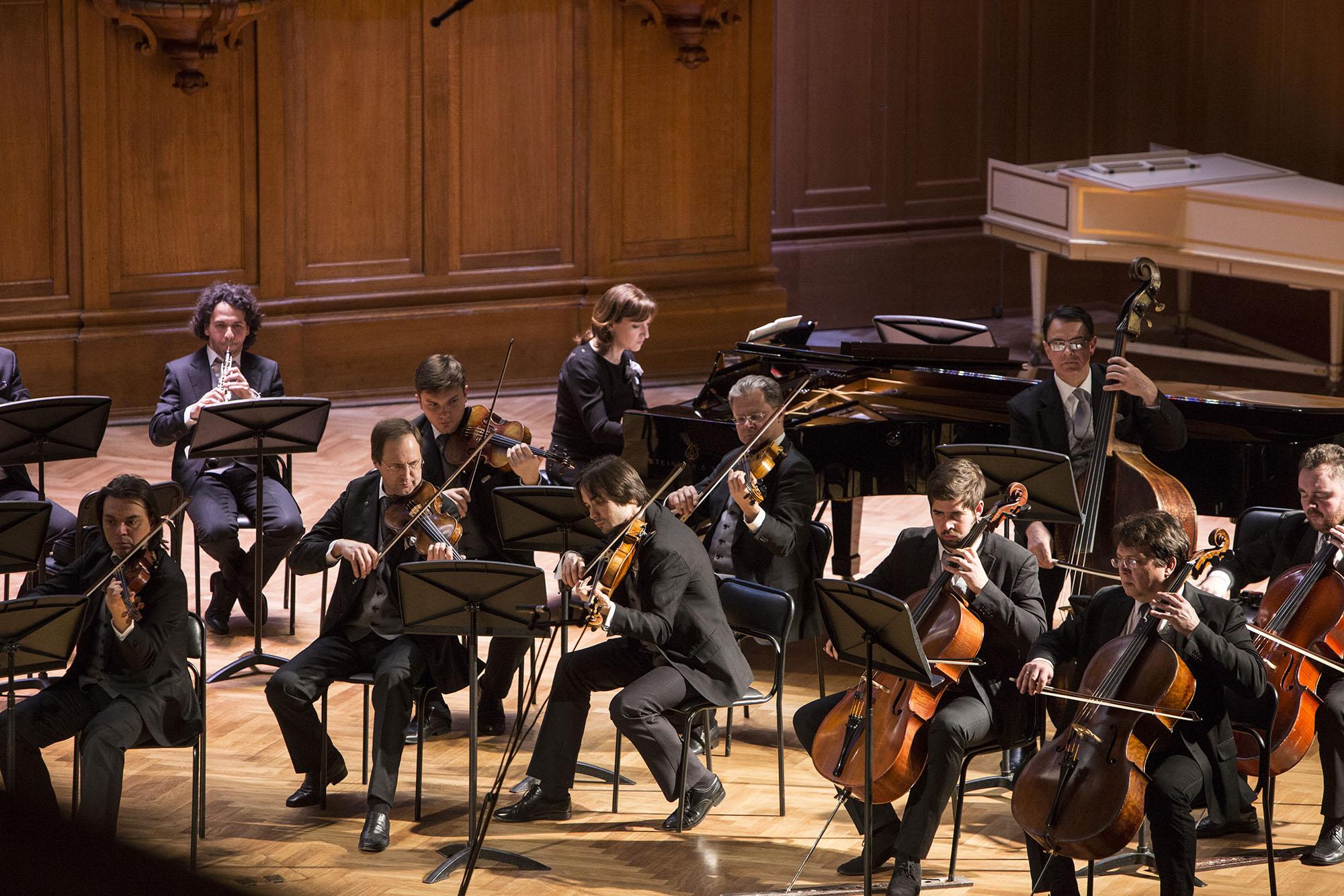 картинки камерного оркестра оборками, блуза